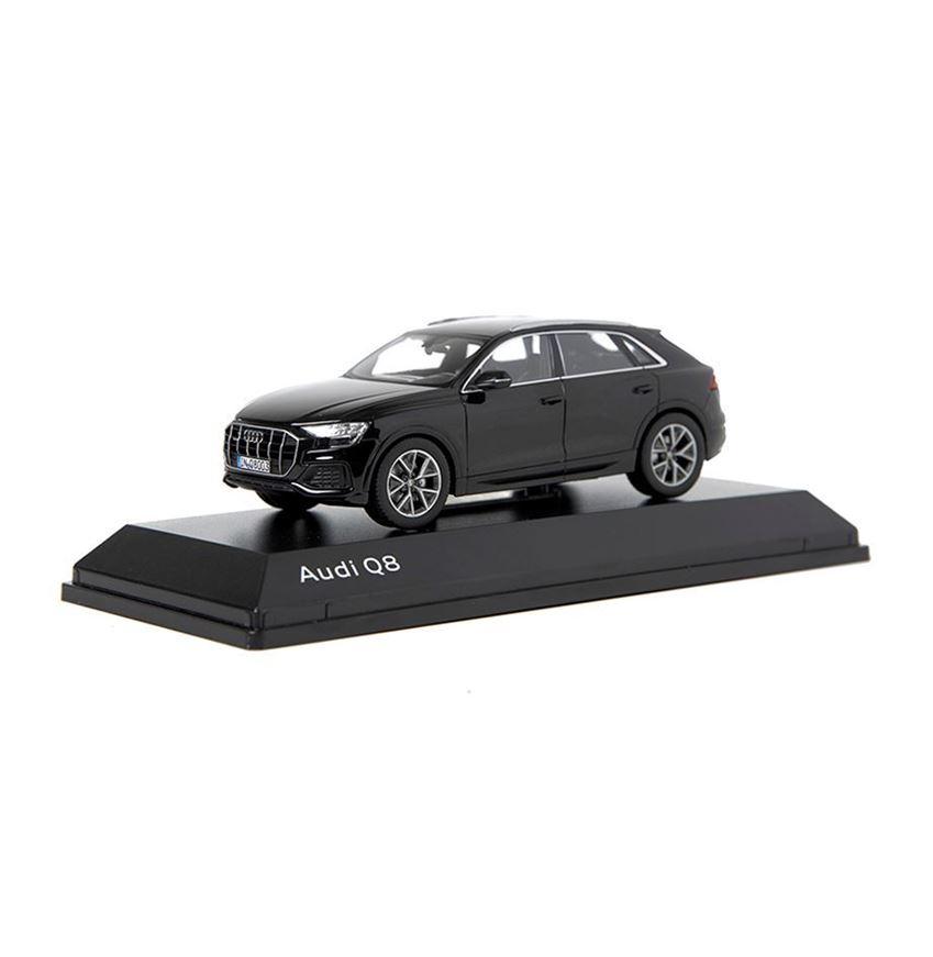 Resim Audi Q8, Model Araç, Orca Siyah, 1:43